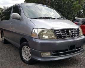 Toyota gran hiace 2000