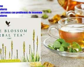 Té de hierbas mezcla natural de hojas, especias