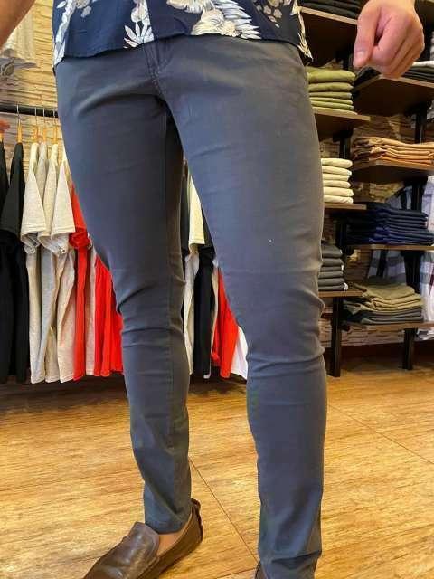 Pantalón - 0