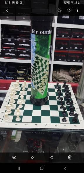 Juego de ajedrez compacto