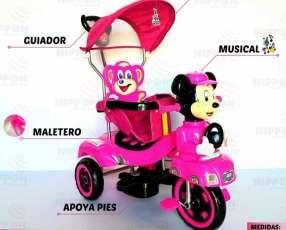 Triciclo guiador musical