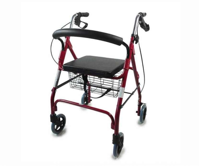 Andador rollator con sentadera - 0