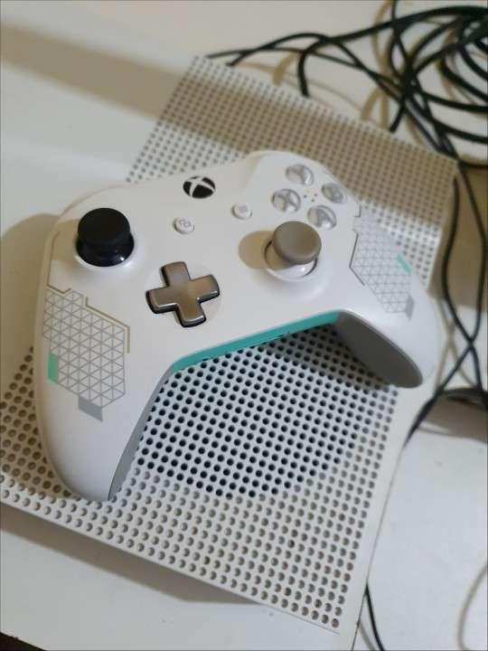 Xbox One - 0