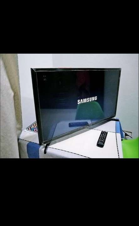 Tv Samsung LED - 0
