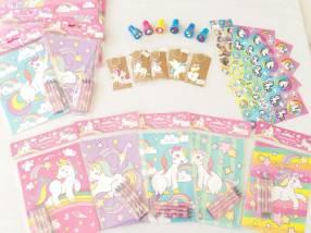 Stickers, llaveros, sellitos, libros para colorear con crayolas