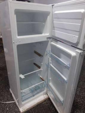 Heladera midea 300 lts blanco dos puertas frío humedo