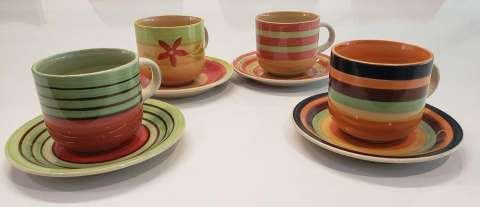 Juegos de jarras y tazas
