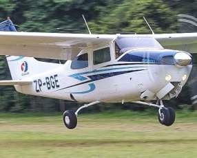 Servicios de vuelos panorámicos y traslados aéreos