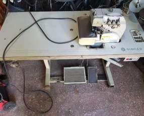 Máquina de coser Industrial