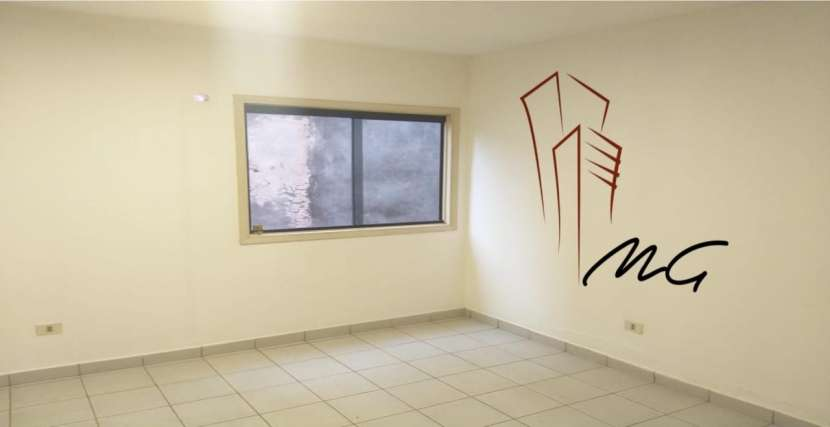Departamento de 2 dormitorios zona Ykua Sati - 0