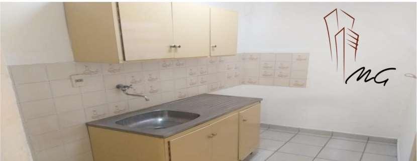 Departamento de 2 dormitorios zona Ykua Sati - 2
