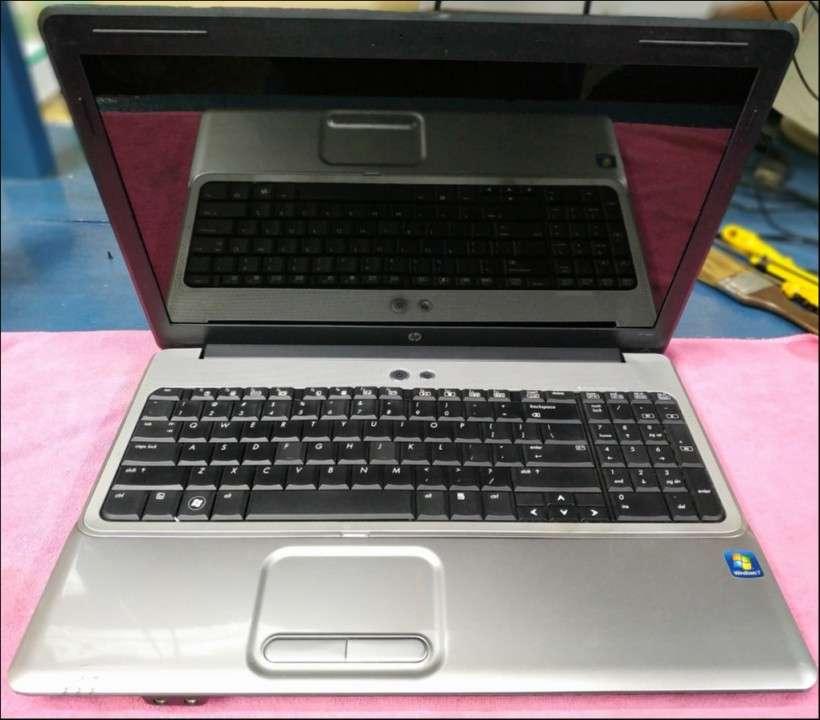 Notebook HP G61-511WM 15.6 pulgadas usada con garantía - 2