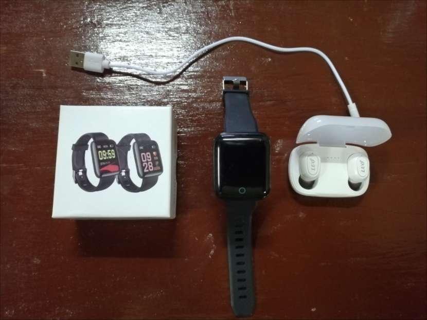 Reloj inteligente con auricular - 0