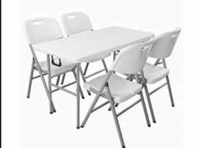 Mesa plegable para 4 personas