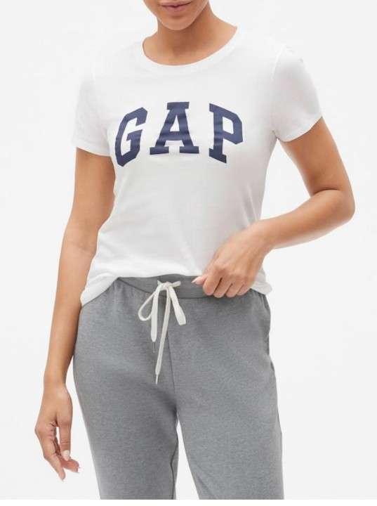 Remera GAP original con etiqueta - 1