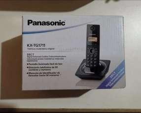 Teléfono Panasonic KX-TG1711