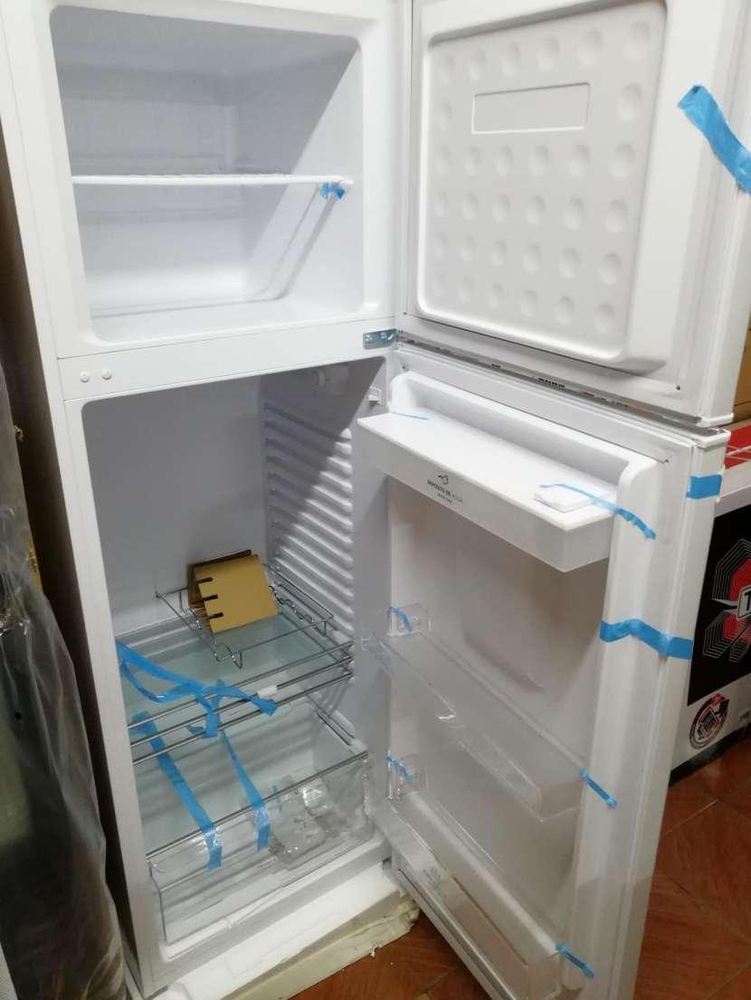Heladera electrolux 450 litros comercial blanco frío húmedo - 4