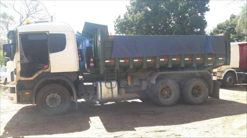 Camiones por mes o carga - 3