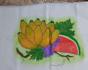 Manteles mantelitos de todo tamaño con diseños y/o con crochet