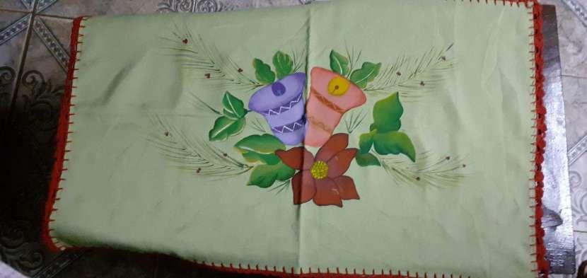 Manteles mantelitos de todo tamaño con diseños y/o con crochet - 3