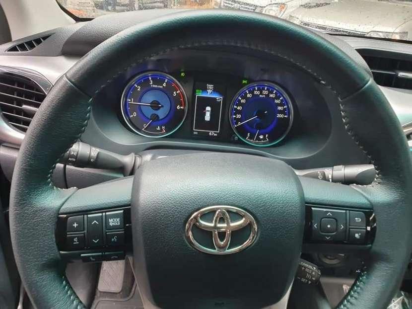 Toyota Hilux Limited Prestige 2018 motor 2.8L turbo diésel automático 4x4 - 5