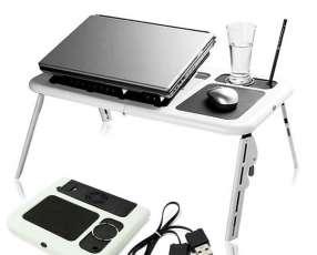 Mesa portatil para notebooks con Cooler