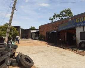 Tinglado más lavadero de autos en San Lorenzo