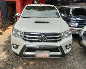 Toyota Hilux 2017, límited