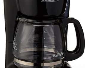 Cafetera automática Black & Decker CM1105B 12 tazas