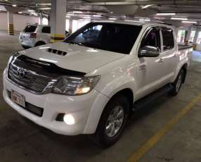 Toyota Hilux 2013 motor 3.0 turbo diésel automático 4x4