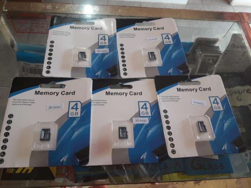 Memory card 4 gb - 0
