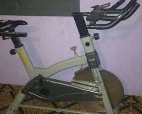 Bicicleta Spinning uso profesional