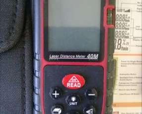 Medidor de distancia láser