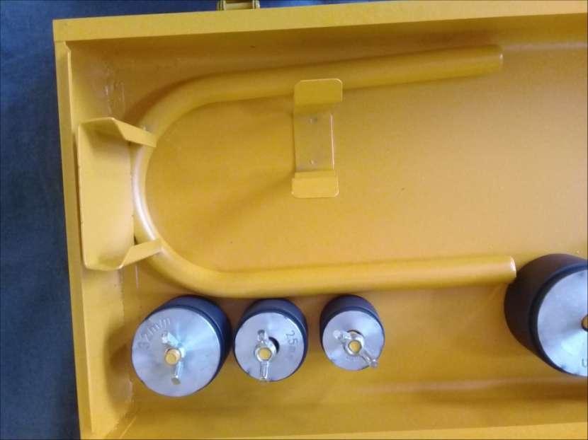 Soldador de termofusión eléctrico 800 watts para caños - 3