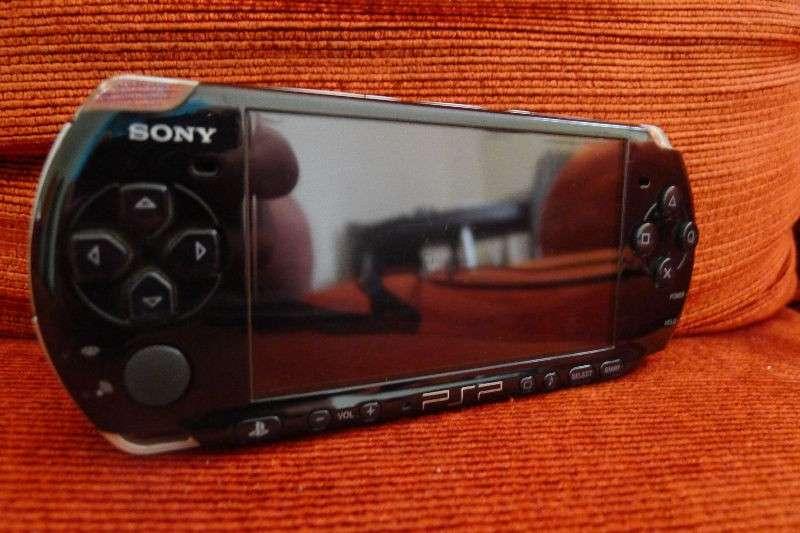 Sony Playstation portable PSP 3001 desbloqueada - 0