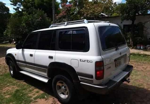 Toyota Land Cruiser 1998 turbo diésel automático - 0