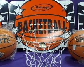 Tablero de basket con pelota para interior