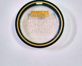 Iluminador color plata Highlighter