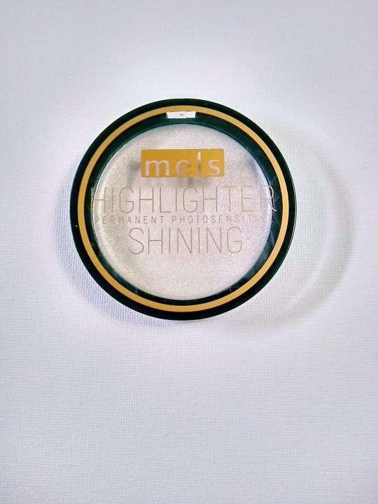 Iluminador color plata Highlighter - 0