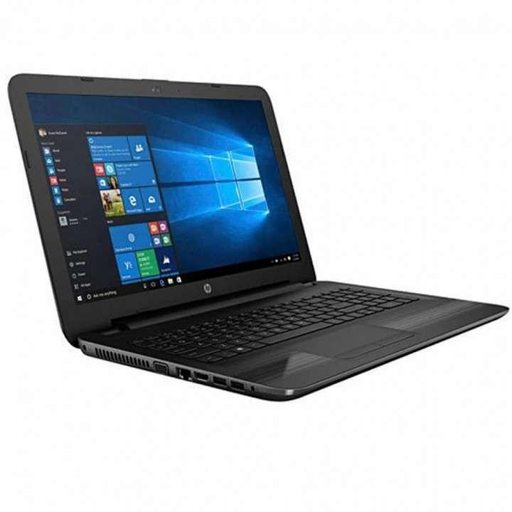 Notebook HP 250 G5 con estuche cargador y mouse - 0