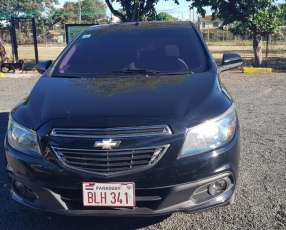 Chevrolet Onix 2013 motor 1.4 flex mecánico