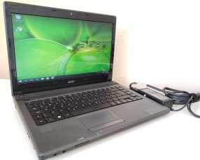 Notebook Acer Aspire 4250 de 14 pulgadas