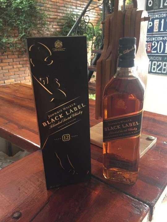 Whisky Johnnie Walker etiqueta negra - 1