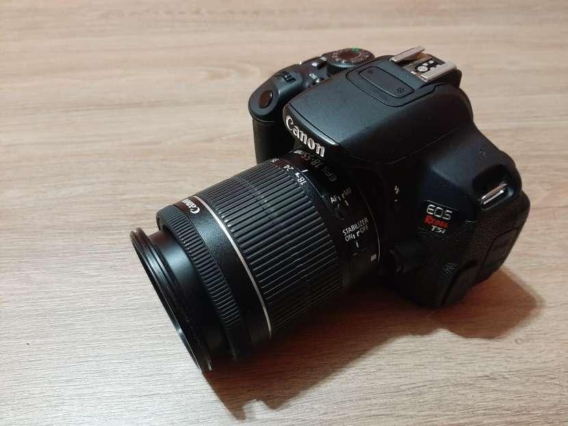 Cámara Canon T5i - 1