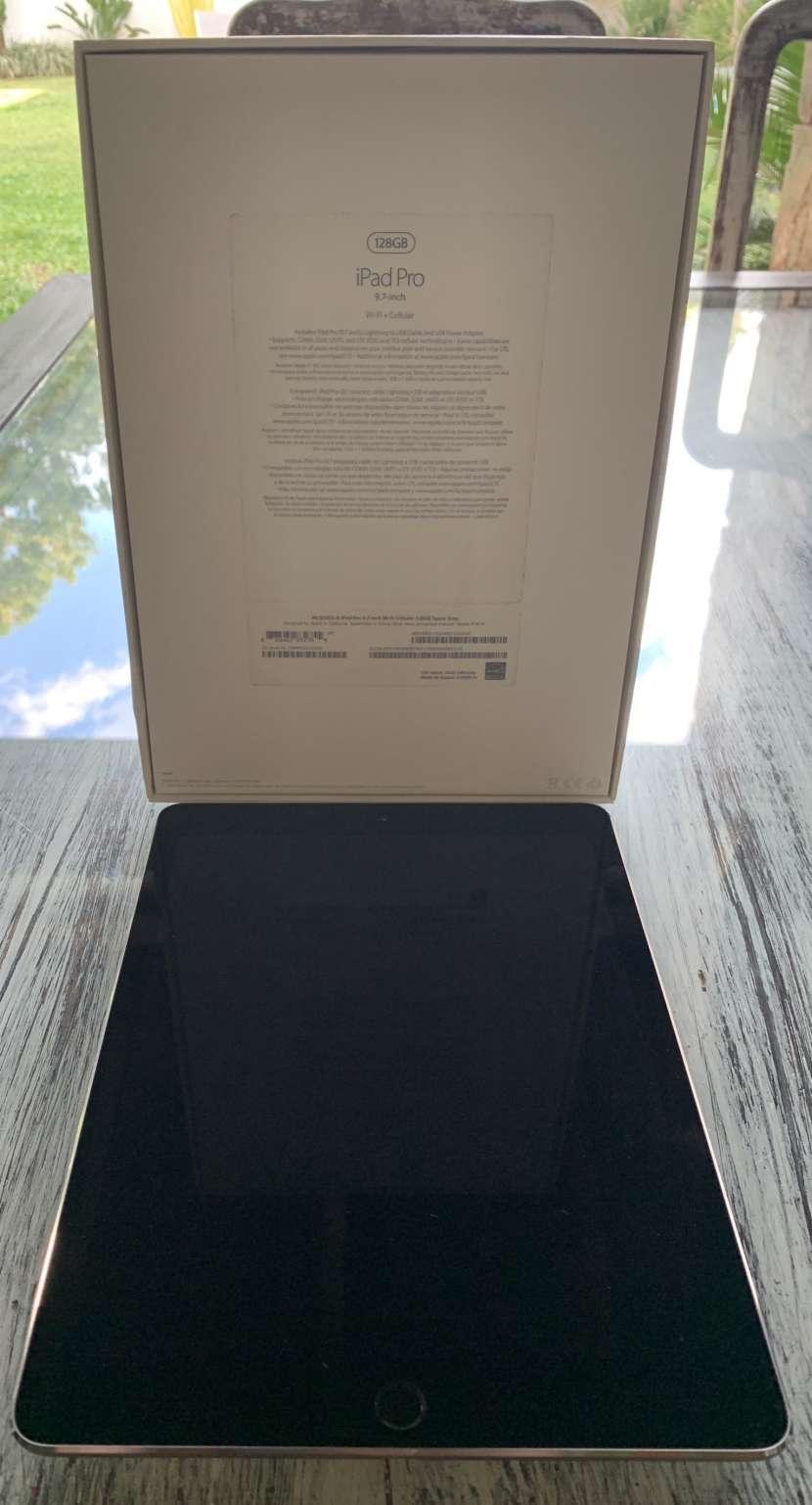 """Apple iPad Pro 9,7"""" de 128 gb wifi + celular - 1"""