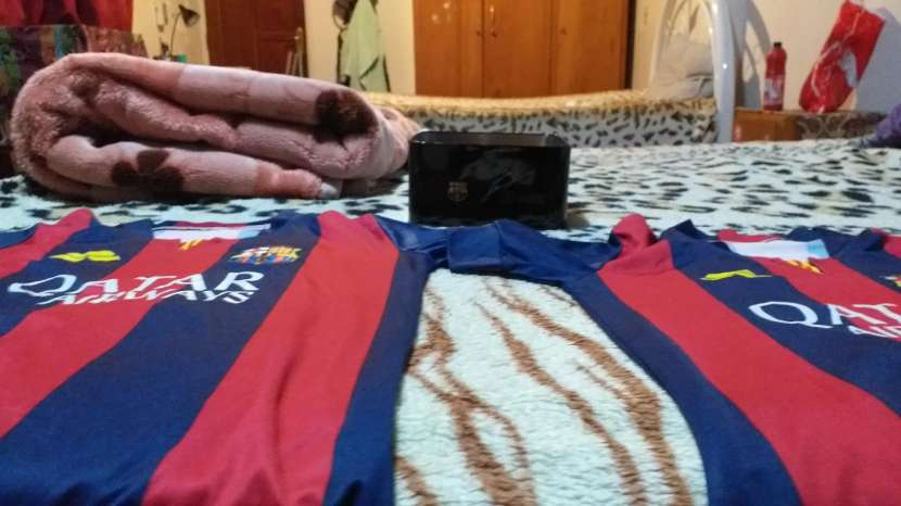 Camisetas del Barcelona talle p con la caja oficial - 2