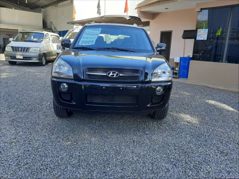Hyundai Tucson 2005 turbo diésel automático - 1