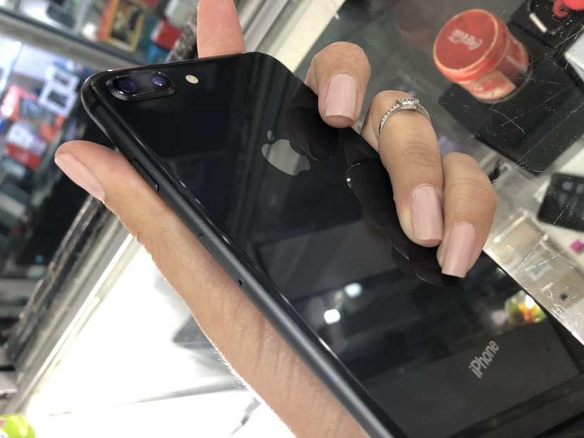 IPhone 8 Plus 256gb - 1