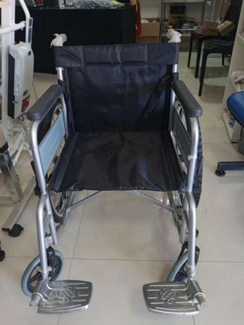 Silla de ruedas estándar soporta hasta 85 kilos