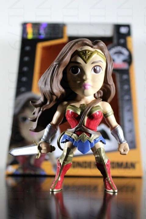 Metals Die Cast Wonder Woman Figura de Metal